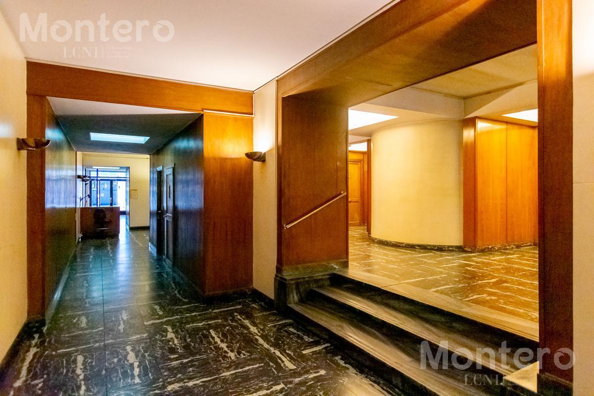 Foto Departamento en Alquiler en  Plaza S.Martin,  Barrio Norte  Pasaje Sargento Cabral al 800