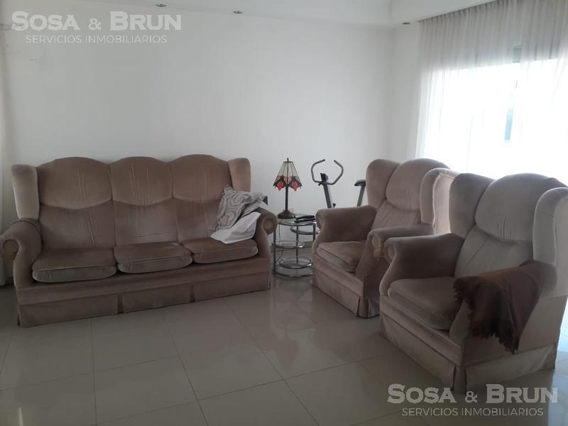 Foto Casa en Venta en  Countries/B.Cerrado (Cordoba),  Cordoba Capital  Causana casa de tres dormitorios vendo