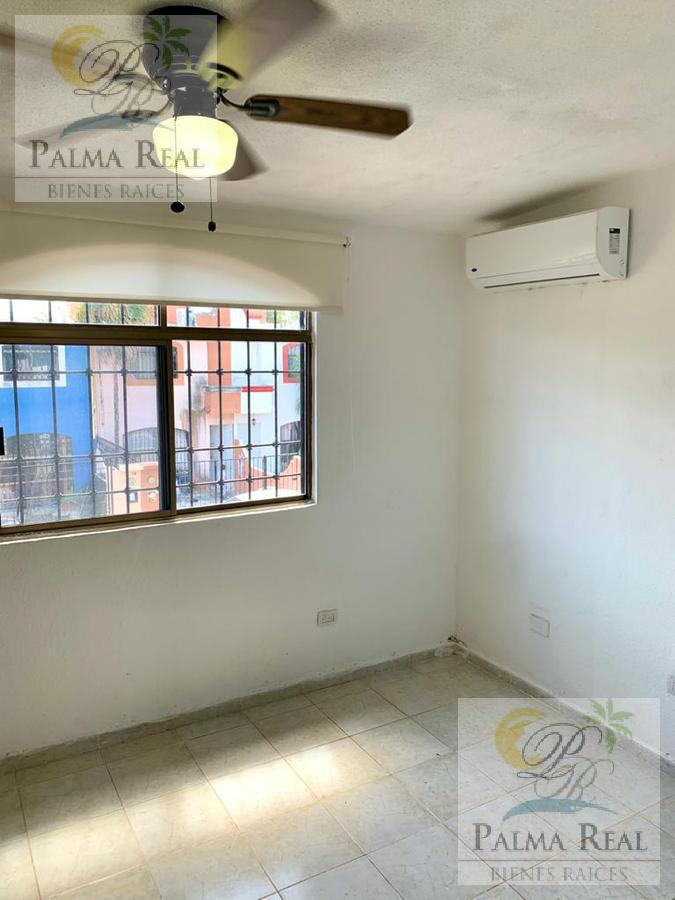 Foto Casa en Venta en  Porto Alegre,  Cancún  OFREZCO CASA JUNTO A JARDIN