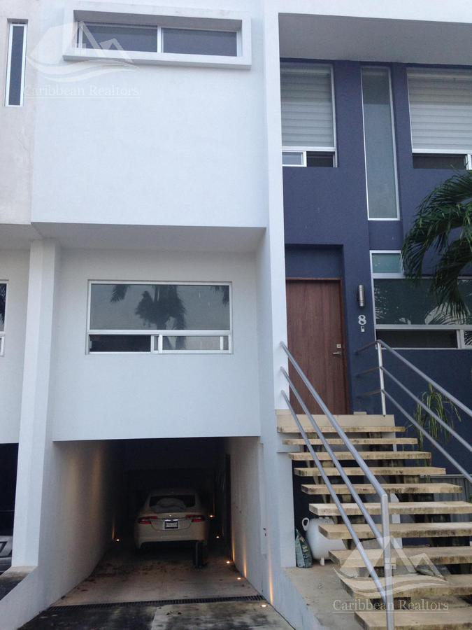 Picture House in Sale in  Residencial Palmaris,  Cancún  Residencial Palmaris