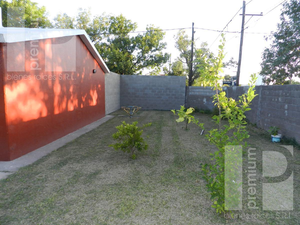 Foto Casa en Alquiler en  Bouchard,  San Francisco  Juan Díaz de Solís al 2000