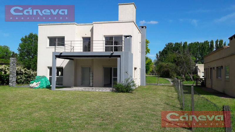 Foto Casa en Alquiler en  La Montura,  Countries/B.Cerrado (Pilar)  BARRIO PRIVADO LA MONTURA  , 3 dorm , piscina , Alq/ venta