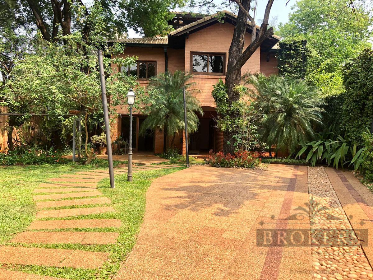 Foto Casa en Alquiler en  Ycua Sati,  Santisima Trinidad  Alquilo Amplia Residencia De 4 Dormitorios En El Barrio Ykua Sati