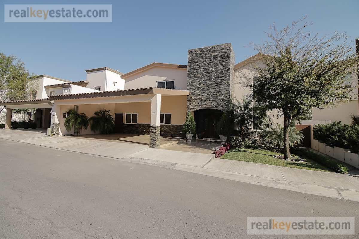 Foto Casa en Renta en  Sierra Alta 2  Sector,  Monterrey     Casa en renta en Sierra Alta en Monterrey.