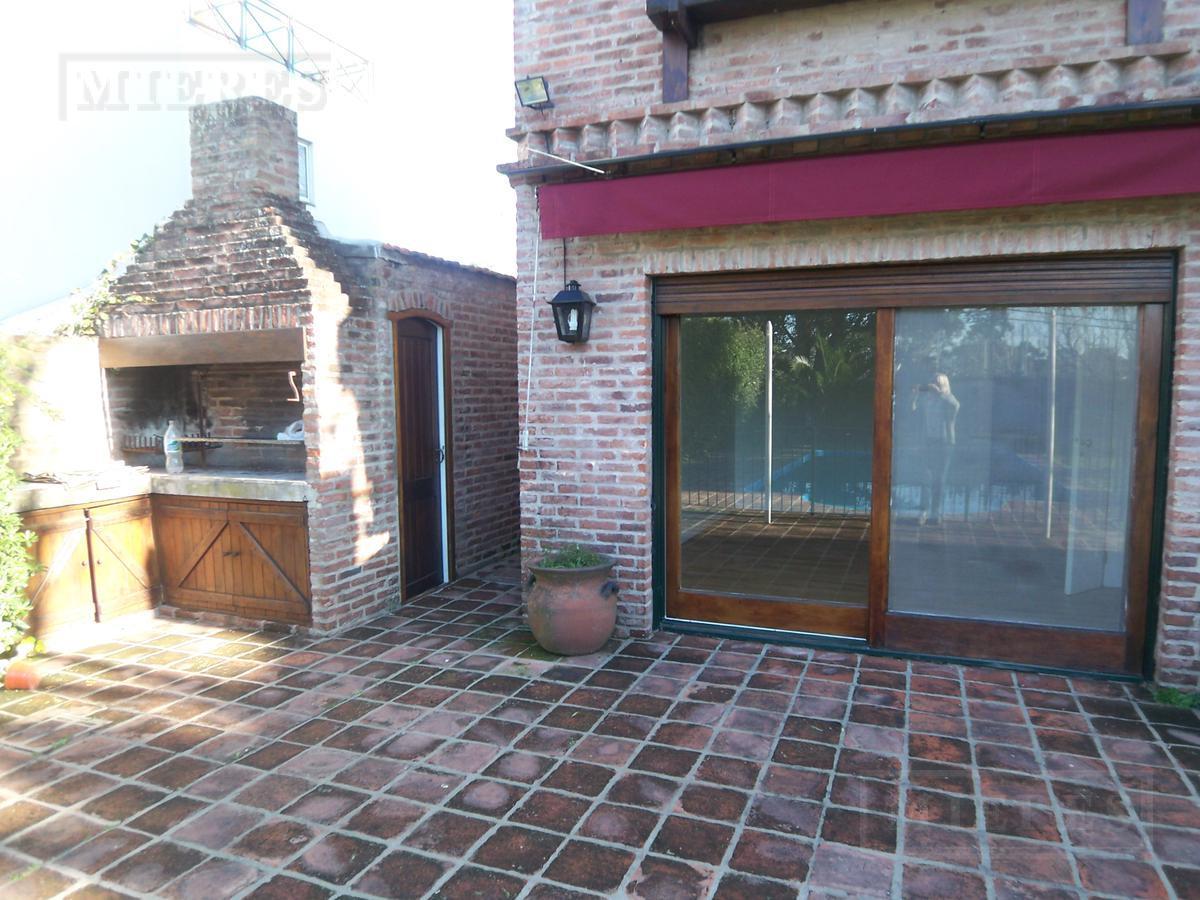 Impecable casa en San Isidro Chico