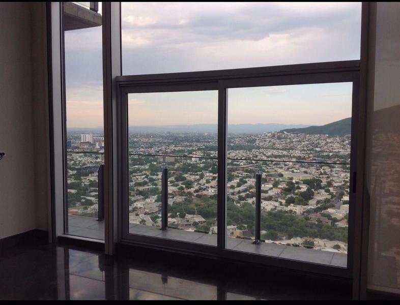 Foto Departamento en Renta en  Contry,  Monterrey  PENTHOUSE EN RENTA EN MICROPOLIS MONTERREY