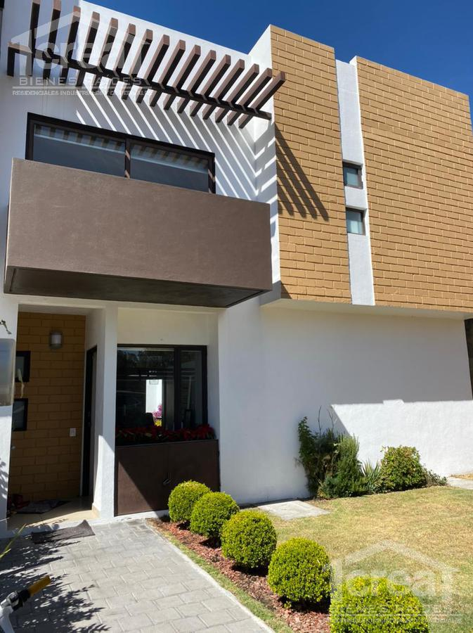 Foto Casa en Renta | Venta en  Juárez (Los Chirinos),  Ocoyoacac  Casa en Venta o Renta Tipo Alamos Vista Bosques Zona Club de Golf Los Encinos