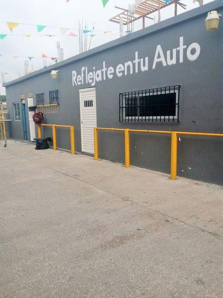 Foto Local en Renta en  Fraccionamiento Lomas Del Chairel,  Tampico  Oficina | Local en Renta sobre Av. Hidalgo, Tampico, Tam.