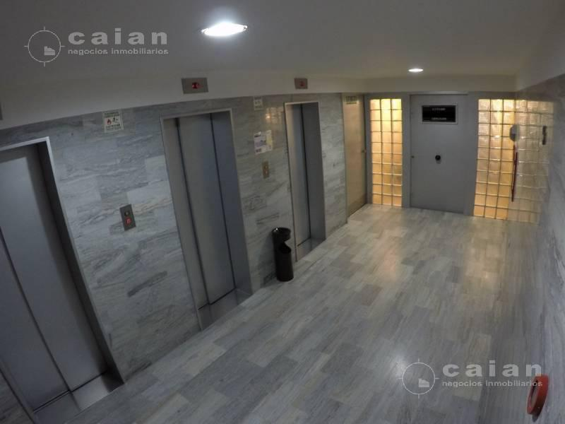 Foto Oficina en Venta en  Centro ,  Capital Federal  Uruguay  al 700, CABA