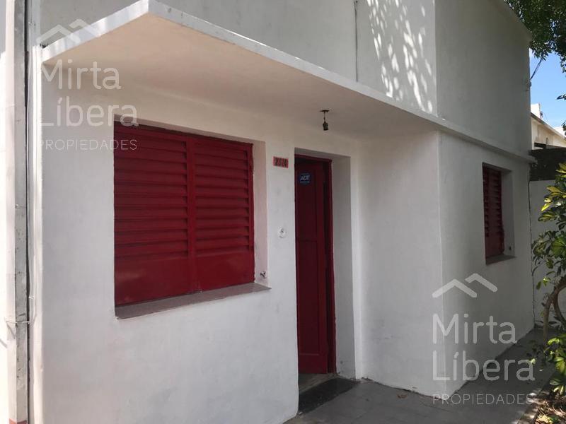 Foto Casa en Alquiler en  La Plata ,  G.B.A. Zona Sur  Calle 8 nº al 2300