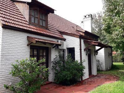 Casa de 300 mts en  Highland Park
