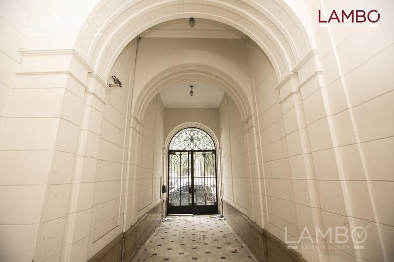 Foto Casa en Venta   Alquiler en  San Telmo ,  Capital Federal  San Telmo - Defensa y Mexico