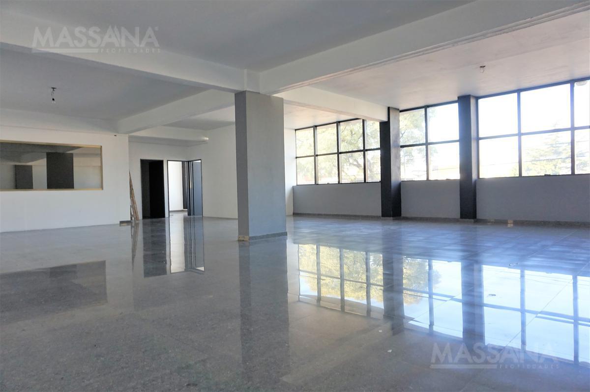 Foto Oficina en Alquiler en  Flores ,  Capital Federal  AV. GAONA al 3300