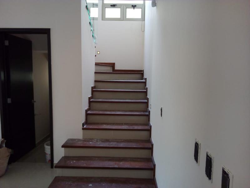 Casa en Venta en Barranca del Refugio León Gto 3 Recámaras