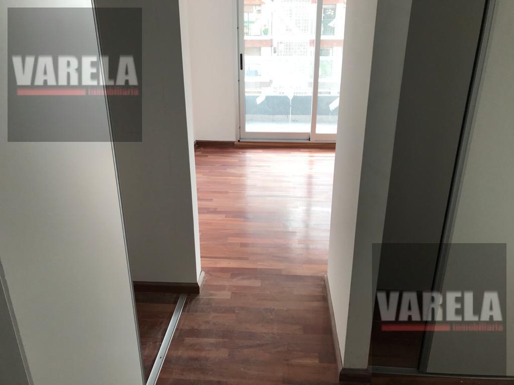 Foto Departamento en Venta en  Caballito ,  Capital Federal  Av. Ángel Gallardo 700