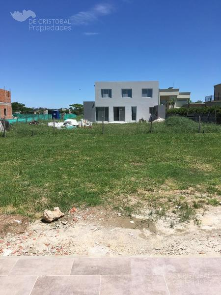 Foto Casa en Venta en  San Matias,  Countries/B.Cerrado  San Matías Area 5 lote al 1000