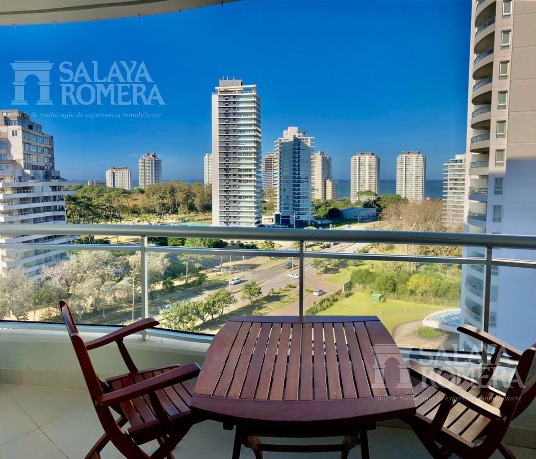 Foto Departamento en Venta en  Playa Brava,  Punta del Este  Apartamento en venta torre con servicios en Punta del este