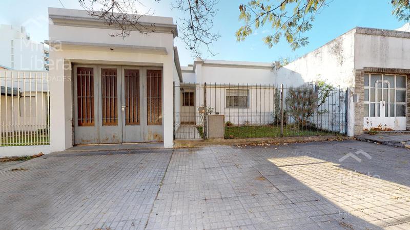 Foto Casa en Venta en  La Plata ,  G.B.A. Zona Sur  Calle 27 38 Y 39