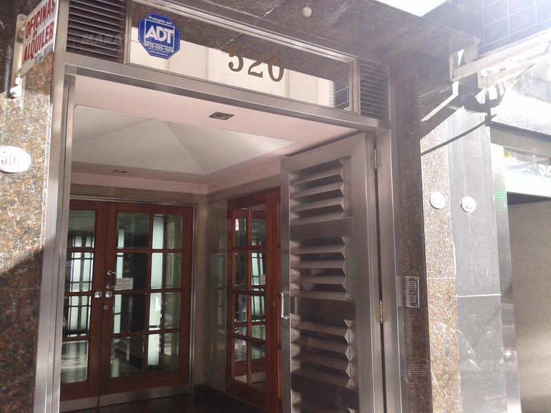Foto Oficina en Alquiler en  Microcentro,  Centro (Capital Federal)  Reconquista 500