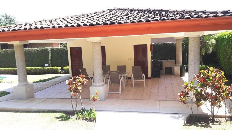 Foto Casa en condominio en Venta en  San Rafael,  Escazu  Casa en Escazú