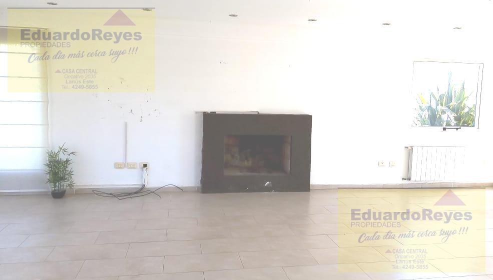 Foto Casa en Venta | Alquiler en  Country El Paraíso,  Guernica  CALLE 21 Y AV. 33