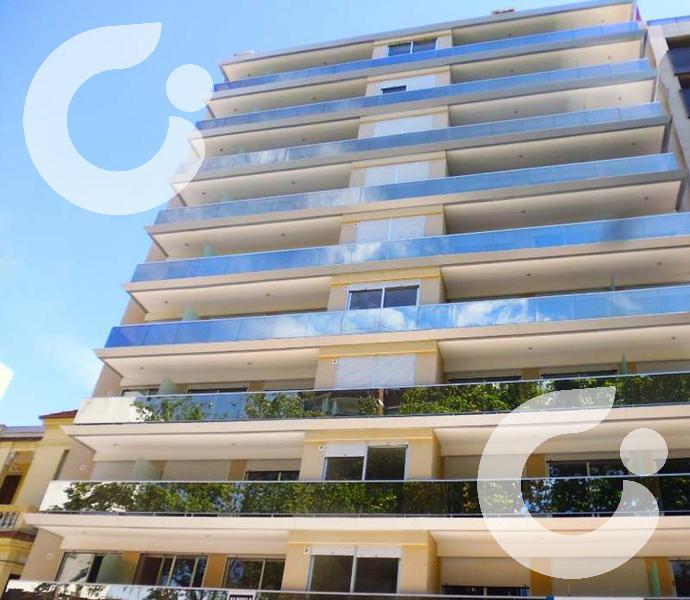 Foto Departamento en Alquiler en  Pocitos ,  Montevideo  CON MUEBLES PISO ALTO AMENITIES