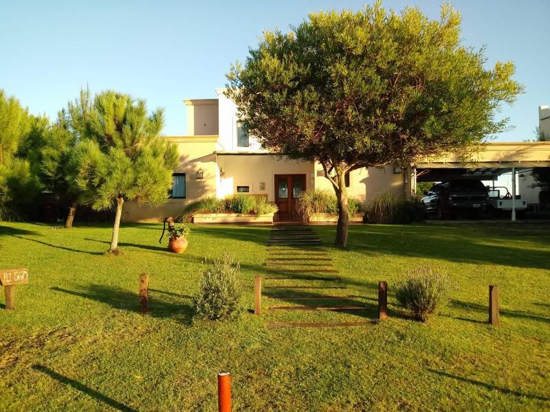 Foto Casa en Venta en  Costa Esmeralda,  Punta Medanos  Residencial I 560