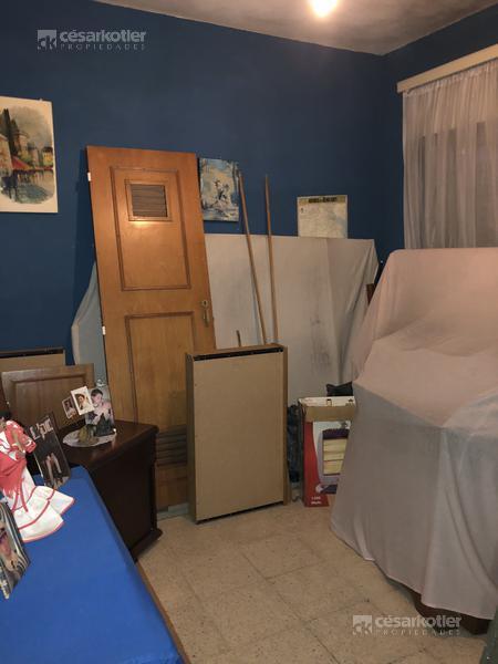 Foto Casa en Alquiler en  Temperley Oeste,  Temperley  Profesor Mariño 748