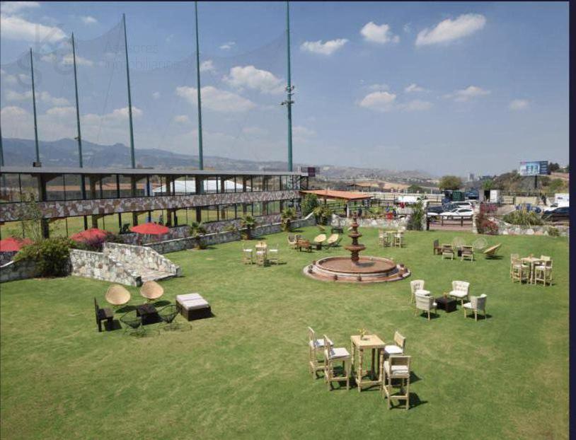 Foto Local en Renta en  Hacienda de las Palmas,  Huixquilucan  SKG Asesores Inmobiliarios Rentan LOCAL COMERCIAL  en MOLINO VIEJO, INTERLOMAS