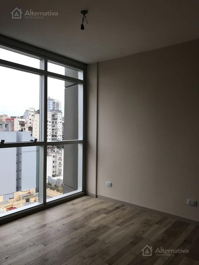 Vera al 857 piso 12