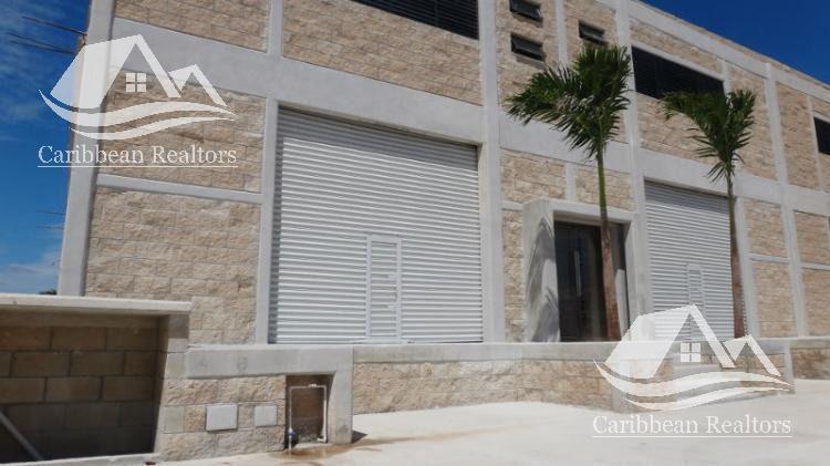 Foto Bodega Industrial en Renta en  Cancún ,  Quintana Roo  Renta de bodega en Cancún centro