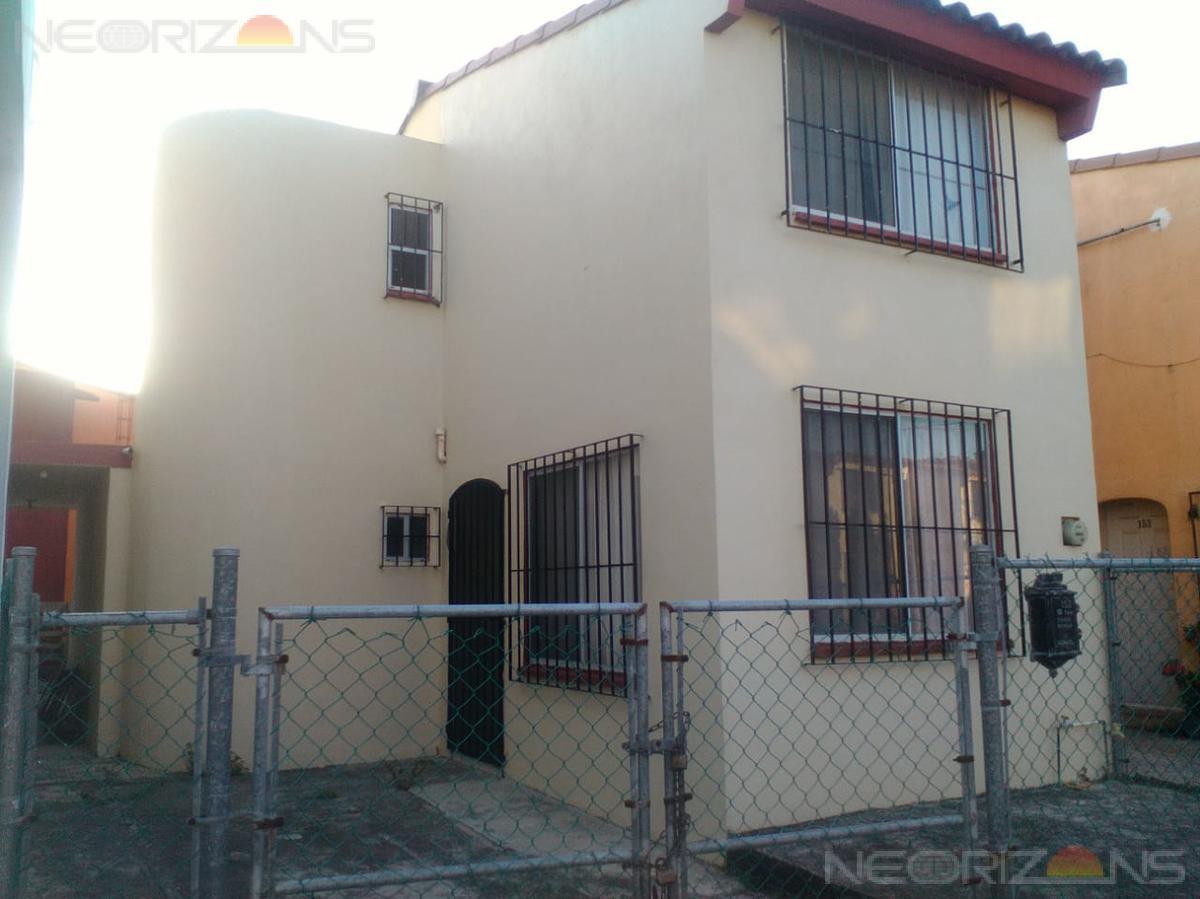 Foto Casa en Venta en  Fraccionamiento Villas Las Flores,  Altamira  Casa en Venta en Altamira Fracc. Villas Las Flores