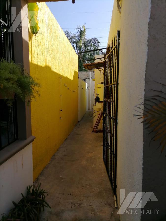Foto Casa en Venta en  Región 518,  Cancún  Casa en venta  Sm 518, Cancún Quintana Roo, cesa22021