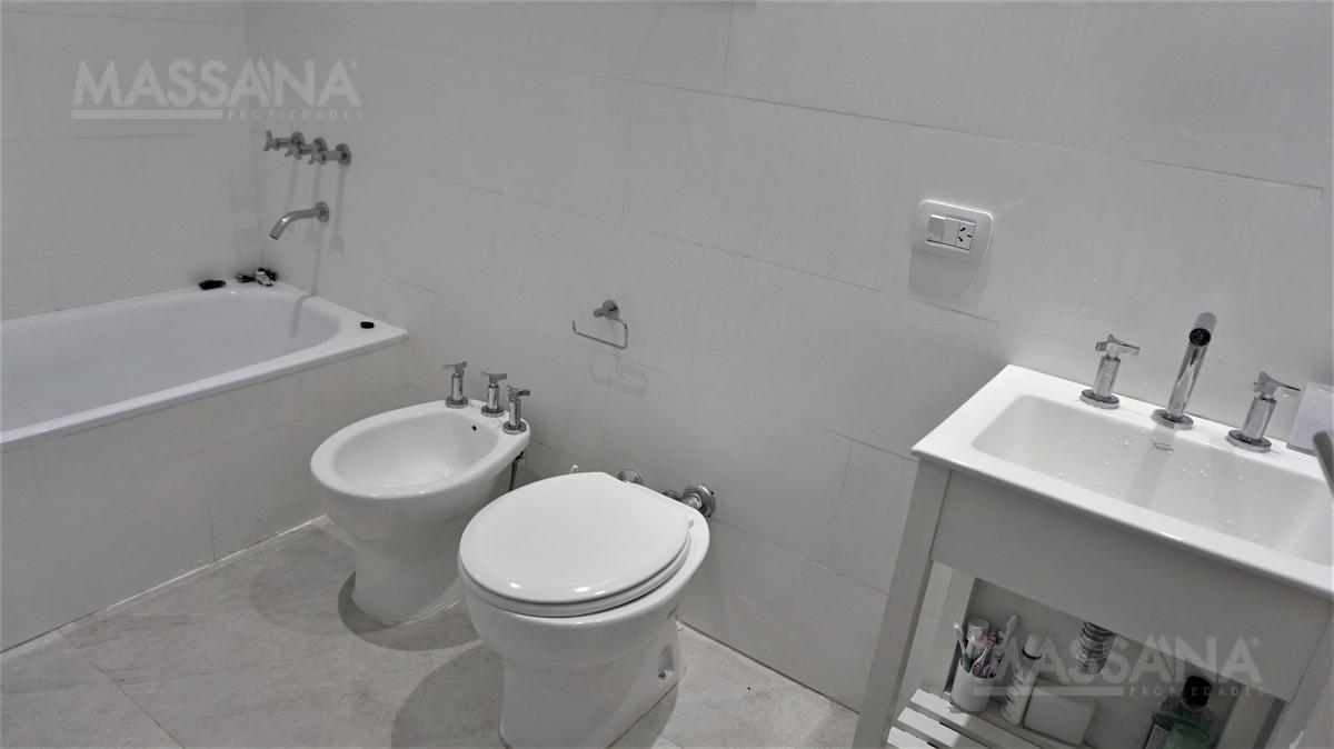 Foto PH en Venta en  Villa Urquiza ,  Capital Federal  Av. Olazabal al 4600