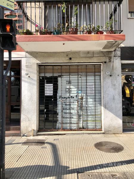 Foto Local en Alquiler en  Caballito ,  Capital Federal  Av. Acoyte al 100