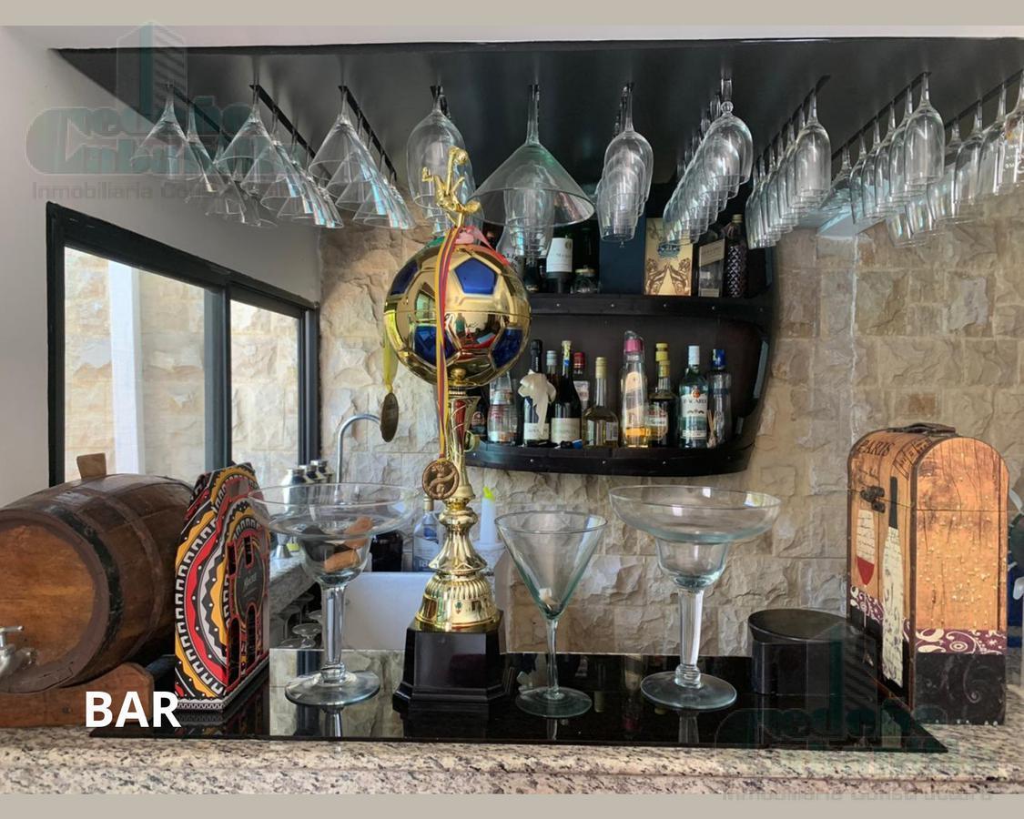Foto Casa en Venta en  Vía a la Costa,  Guayaquil  CASA DE LUJO CON 5 DORMITORIOS  EN URB TERRANOSTRA