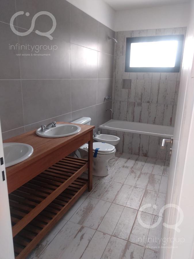 Foto Casa en Alquiler en  El Canton - Golf,  Countries/B.Cerrado (Escobar)  Casa en El Cantón / Golf