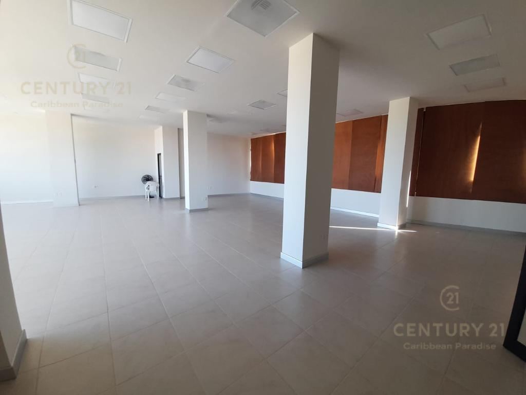 Cancún Commercial Building for Rent scene image 10
