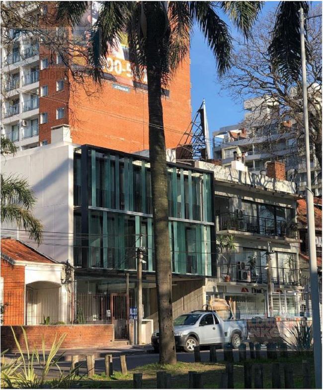 Foto Oficina en Alquiler en  Pocitos Nuevo ,  Montevideo  u105 - Oficina en venta en Pocitos Nuevo