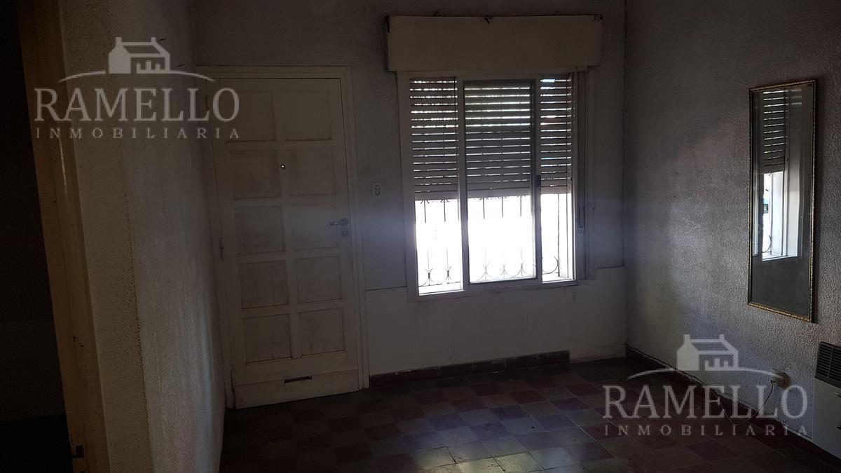 Foto Casa en Venta en  Barrio Fénix,  Rio Cuarto  Laprida al 700