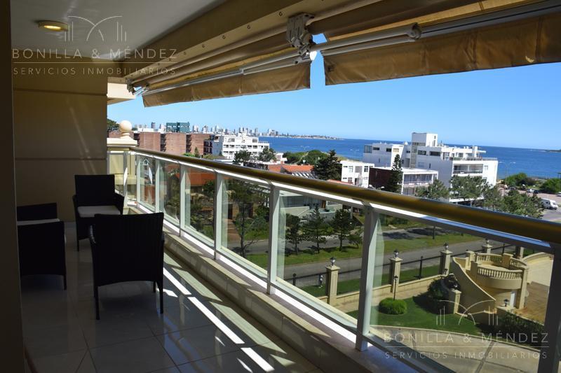 Foto Apartamento en Venta en  Playa Mansa,  Punta del Este  Rambla Mansa y parada 16
