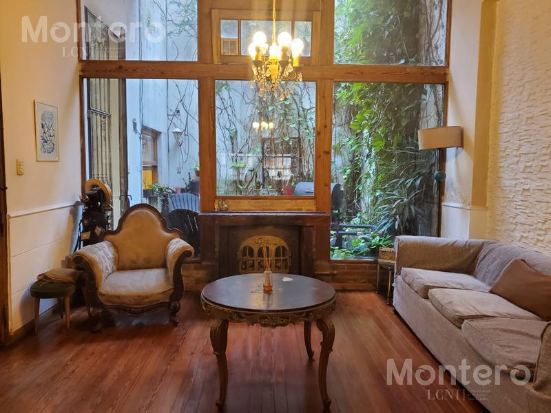Foto Casa en Venta en  Belgrano C,  Belgrano  Zapiola al 2800