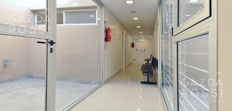 Foto Oficina en Venta | Alquiler en  Adrogue,  Almirante Brown  Alsina al 400