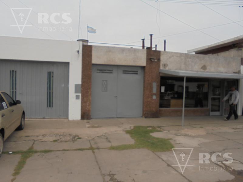 Foto Local en Alquiler |  en  Alvear,  Rosario  Pte. Quintana al 3700
