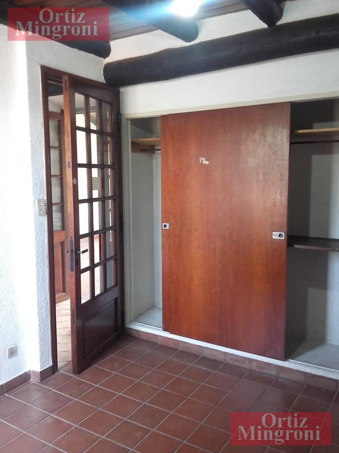 Foto Casa en Venta en  Lomas De Zamora,  Lomas De Zamora  24 de Mayo al 500