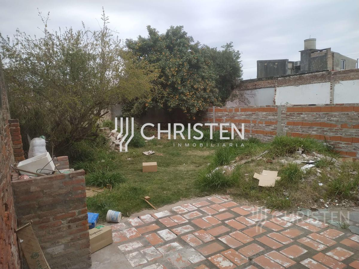 Foto Casa en Venta en  Sargento Cabral,  Santa Fe  Salvador del Carril al 1000