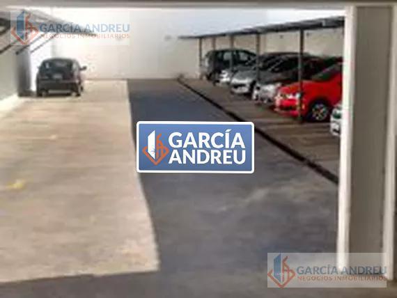 Foto Cochera en Alquiler en  Echesortu,  Rosario  3 de Febrero 3200
