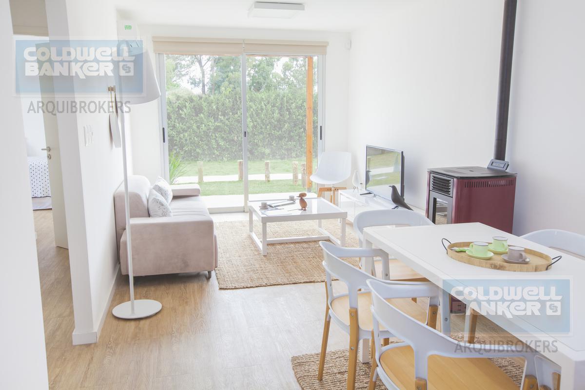 Foto Casa en Venta en  Lagomar ,  Canelones  Casa de 2 dormitorios en venta en Lagomar Sur