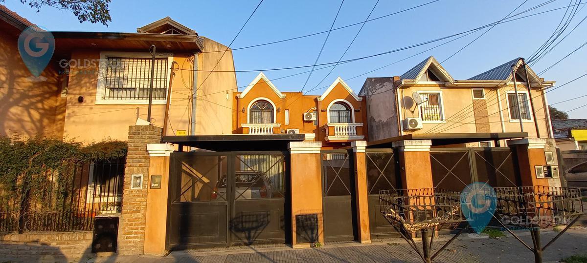 Foto Casa en Venta en  Villa España,  Berazategui  Calle 25 nro al 4200