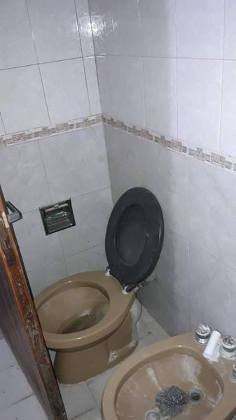 Foto Casa en Venta en  Los Hornos,  La Plata  49 e/ 137 Y 138